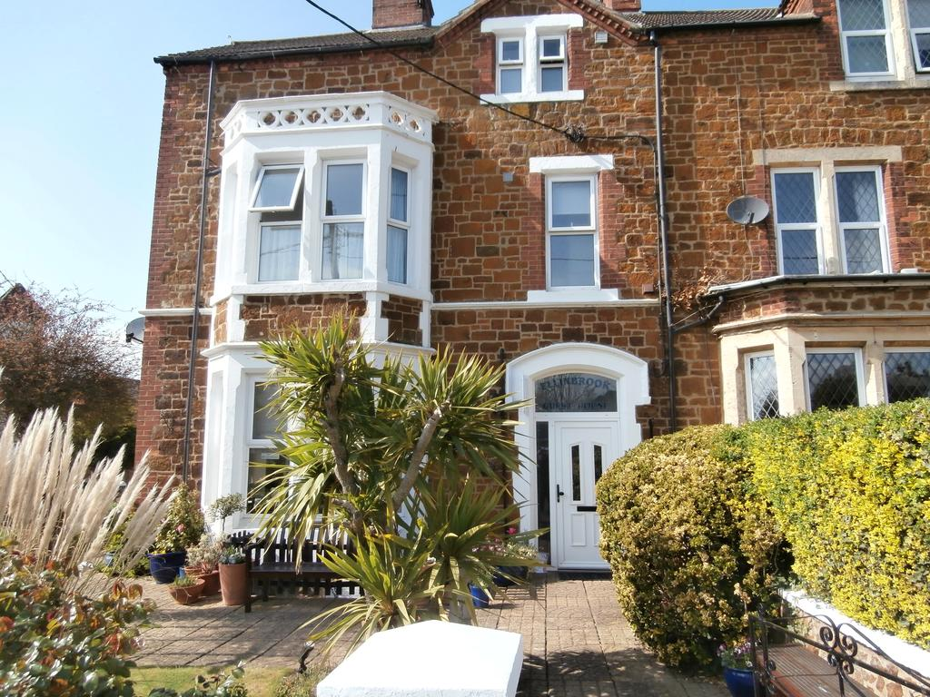 New owners at Ellinbrook Guest House – Hunstanton